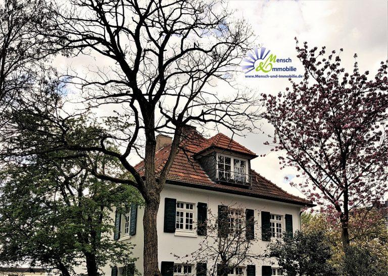 Haus, emotionale Bindungen an Häuser blockieren den Verkaufsprozess, Mensch und Immobilie, Maria Liebig